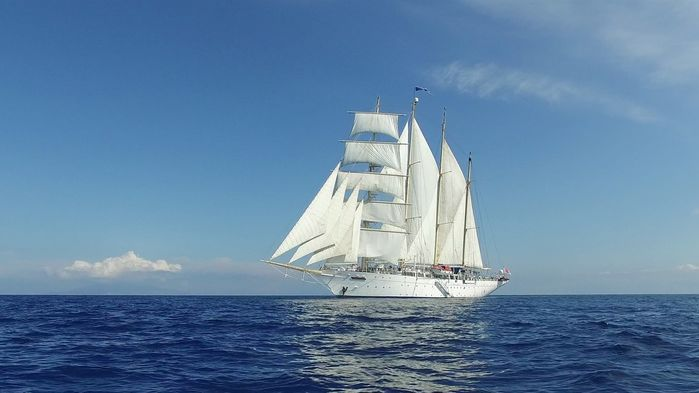 Eftersom Star Flyer går för segel om vindarna medger, har rederiet flera gånger utnämnts till ett av de grönaste i världen.