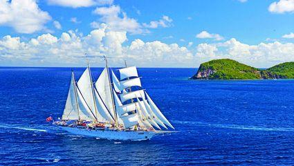 Vi seglar med Star Flyer längs rutten Leeward Islands, som forna tiders sjöfarare kallade