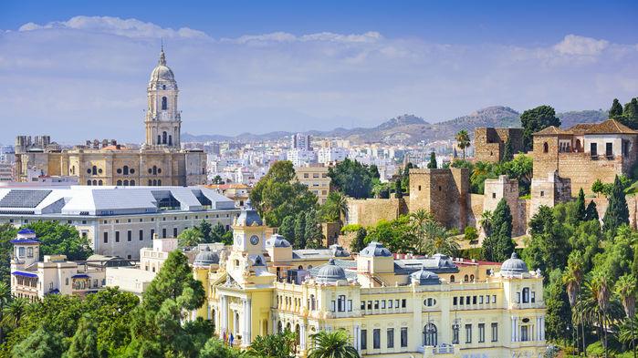 Málaga är konstnären Pablo Picassos födelsestad. På senare tid har staden satsat stort på kulturlivet och är väl värd ett besök.